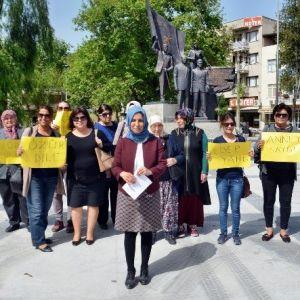 Söke'de Ak Parti'li Kadınlar Kılıçdaroğlu'na Tepki Gösterdi