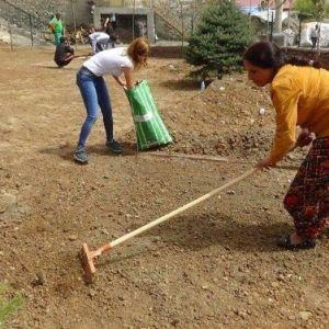 Kulp'ta Yapılan Çocuk Parkı Tamamlanmak Üzere