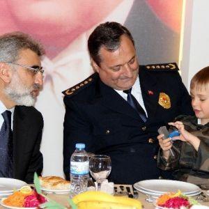 Emniyet Teşkilatı Şehit Aileleri Ve Gazilerle Bir Araya Geldi