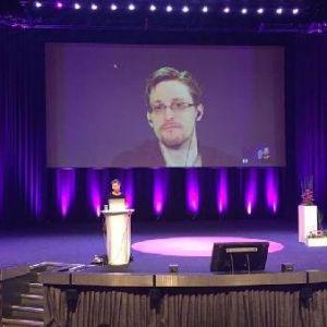 Edward Snowden: Araştırmacı Gazeteciler Hackleniyor