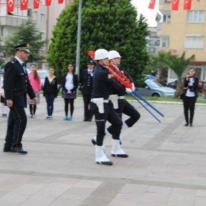 Balıkesir'in Edremit İlçesinde De Polis Günü Düzenlenen Etkinlikler İle Kutlandı