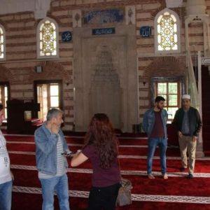 Edirne'de Caminin Yardım Paparalarını Çaldıktan Sonra Kaçan Şüpheli Yakalandı