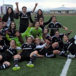 Beşiktaş-ağrı Birlikspor: 3-2 (Beşiktaş Bayanlar Futbolda Şampiyon)