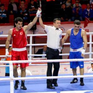 Milli Boksör Ünal Olimpiyatlar İçin Gürcü Rakibini 3-0 Yendi