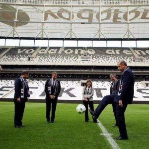 Vodafone Arena'da İlk Vuruş Erdoğan'dan...