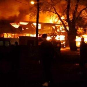 Sapanca'da Tekstil Fabrikası Yandı