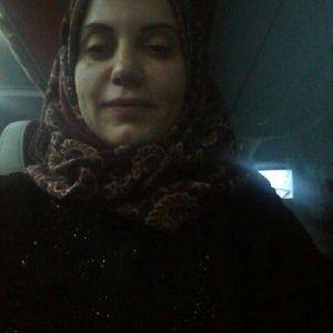 412 Ada 42179 Numaralı Mezar. Yatan; Suriyeli Kadın Avukat Farran