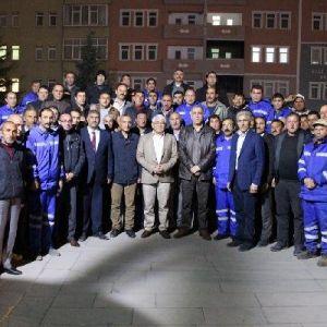 Kars Belediye Başkanı, Temizlik Ordusuyla Yemekte Buluştu