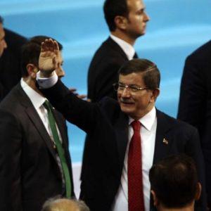 Başbakan Davutoğlu: Fitne Ateşine Karşı Kardeşlik Aşkımız Var