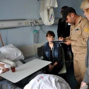 Gemide Düşerek Yaralanan Rus Gemici Hastaneye Kaldırıldı (2)