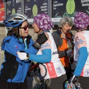 'Kadına Şiddete Hayır' İçin Çevrilen Pedallar Ayvalık'a Ulaştı