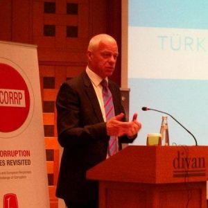 Oecd: Türkiye'de Ekonomik Gelişme Gerçek Sorunları Kenara İtiyor