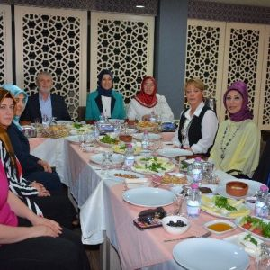 Körfezli Kadın Girişimciler Kahvaltıda Buluştu