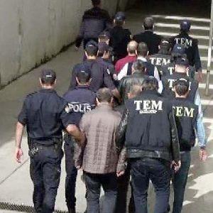 Fetö/pdy Operasyonunda Gözaltına Alınanlar Adliyede (2)