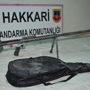 Yüksekova'dan Kırsala Kaçmaya Çalışan Ve Aralarında 'Gitarcı' Teröristin Bulunduğu 13 Pkk'lı Öldürüldü