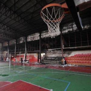 Pkk'lı Teröristler Van'da 4 Günde 3 Okul Ve 1 Spor Salonunu Yaktı