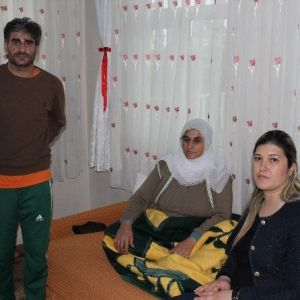 Hastane Yöneticileri Hastalarını Evlerinde Ziyaret Etti
