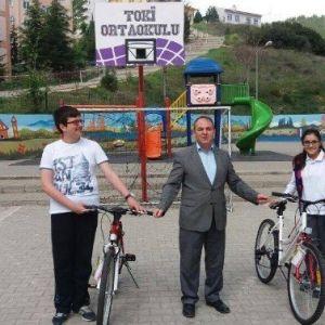 Polis Bayramında Söz Verdi, Öğrenciler Bisikletlerine Kavuştu