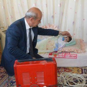 Suriyeli Minik Yusuf'a Yunusemre Sahip Çıktı
