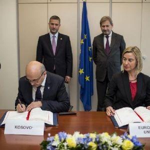 Mogherini Ve Hahn İstikrar Ve Ortaklık Anlaşması'nın Denetlemek İçin Kosova'ya Geliyor