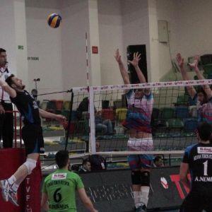 Gümüşhane Torul-adana Toros: 1-3 ( Adana Toros'da 1.lig'de)