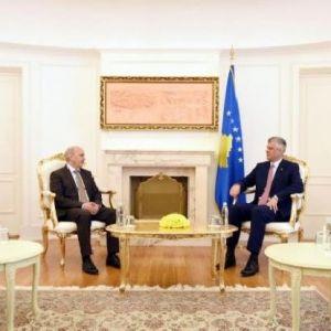 Kosova Cumhurbaşkanı Haşim Taçi, Başbakan İsa Mustafa'yı Kabul Etti