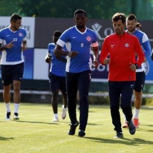 Antalyaspor'da Galatasaray Mesaisi Başladı