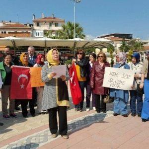 Ak Parti'li Kadınlardan İlçe İlçe Kılıçdaroğlu Protestosu