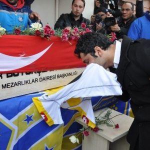 Kazada Ölen Genç Futbolcunun Ailesi, Kulübü Suçladı
