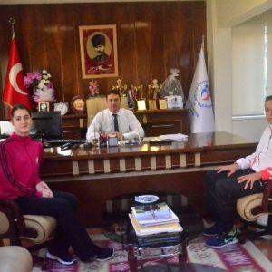 """Ataşbak: """"Başarılı Sporcu Ve Kulüpleri Daima Destekleyeceğiz"""""""