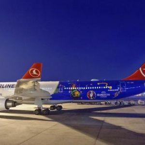 Türk Hava Yolları'nın Euro 2016 Özel Uçağı İlk Uçuşunu Yaptı