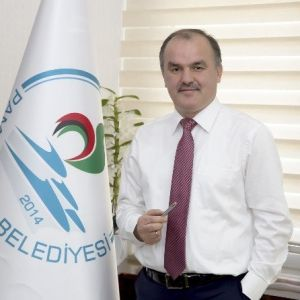 Başkan Gürlesin'den Öğrencilere İstanbul Müjdesi