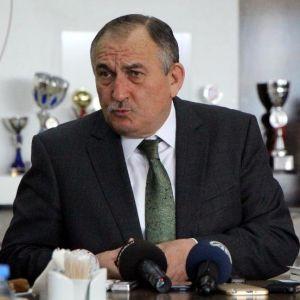 Bolu Belediye Başkanı'ndan Ev Sahiplerine Uyarı: Araştırmadan Kimseye Ev Vermeyin