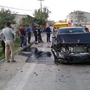 Tekirdağ'da Zincirlime Kaza: 2 Yaralı