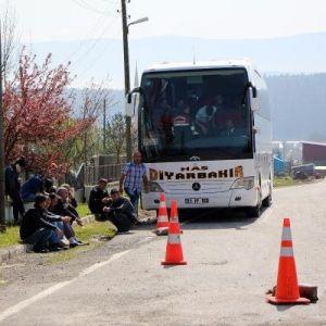Otobüsteki Salça Kutularından 15 Kilo Esrar Çıktı