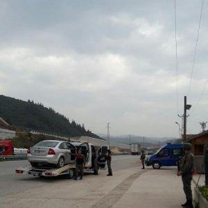 Bursa'da Jandarma 3 Aylık Yol Kontrolünde 1176 Kişi Yakalandı