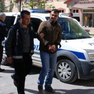 Besni'de Cinayet Şüphelisi 12 Kişi Adliyede