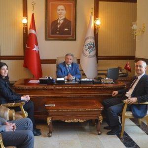 Tüik Bölge Müdürü Gür, Erzincan Valisi Kahraman'ı Ziyaret Etti