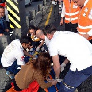 Metrobüste kaza: 3 kişi yaralandı