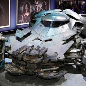 Batman'in otomobili 3. Köprü'den geçti