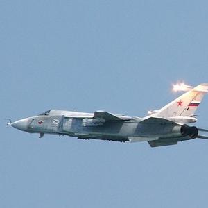 Rus jetleri İsrail uçaklarına ateş açtı !