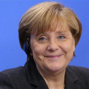 Merkel'den Türkiye açıklaması !