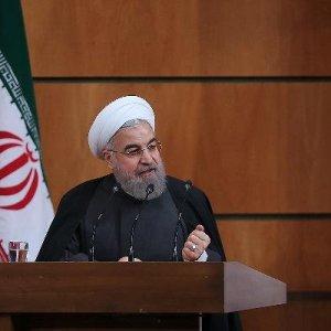 "Ruhani ülkesini övdü: ""İran olmasaydı..."""