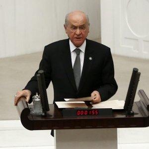 AK Parti'den Bahçeli'yi alkışladı !