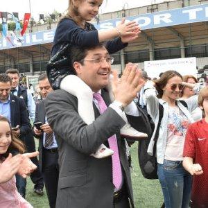 Beşiktaş Belediyesi'nden çocukara 23 Nisan hediyesi
