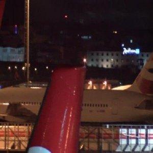 Kabin memurları şoka girdi, uçuş iptal edildi