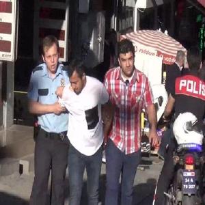 Kadıköy'de akraba kavgası kanlı bitti: 3 yaralı