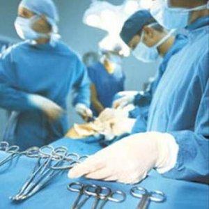 Ünlü cerrah hırsızlıktan hapse