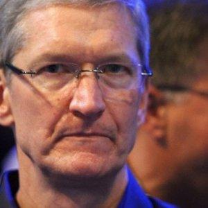 Apple'a şok üstüne şok !