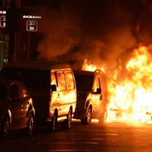 TEM Otoyolu'nda yangın trafiği !